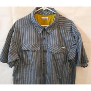 Columbia short sleeves blue plaid sun protection